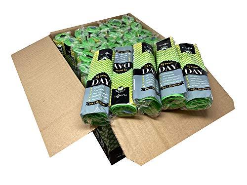 Bolsa de basura color verde con autocierre. Con capacidad de 30 litros para cubo doméstico. 720 sacos de basura antigoteo envasadas individualmente. 15 uds por rollo. Caja 48 rollos.