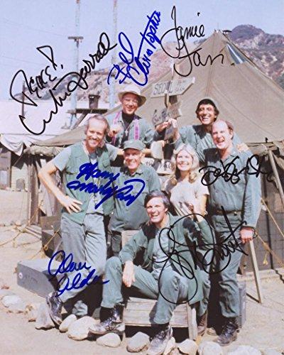 Mash Signiert Autogramme 25cm x 20cm Foto