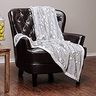 Chanasya Luminious Glow in The Dark Lucky Stars Print Gift Throw Blanket| Featuring Connected Lucky Starts to Bring Luck Joy and Harmony Blanket for Birthday for Kids Bed Couch -Grey