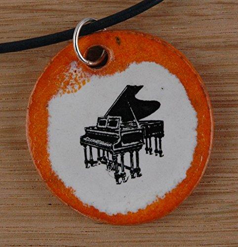 Echtes Kunsthandwerk: Schöner Keramik Anhänger mit einem Klavier; Piano, Flügel, Tasteninstrument, Musik, Musikinstrument, Noten, Partitur