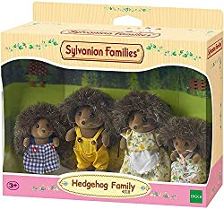 Hedgehog posable collectable figures Four piece set: Father, mother, brother and sister Dressed in removable fabric clothing Stimulating imaginative role-play in children Suitable for ages 3 years to 10 years