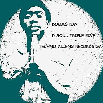 Dooms Day (Extraterrestrial Mix)