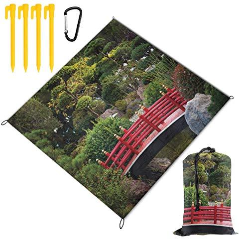 WINCAN Manta de Picnic 145x150cm,Pequeño Puente sobre el Estanque Jardín japonés Montecarlo Mónaco Junto con árboles y Plantas,Mantas de Playa al Aire Libre Impermeable Impermeable Estera