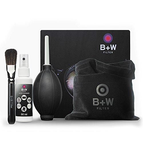 B+W 1086190 Pflege-Set 5-teilig für Objektive, Filter und andere optische Flächen (Reinigungstuch, Pinsel, Blasebalg, Reiniger Lens Cleaner II, Zuziehbeutel) schwarz