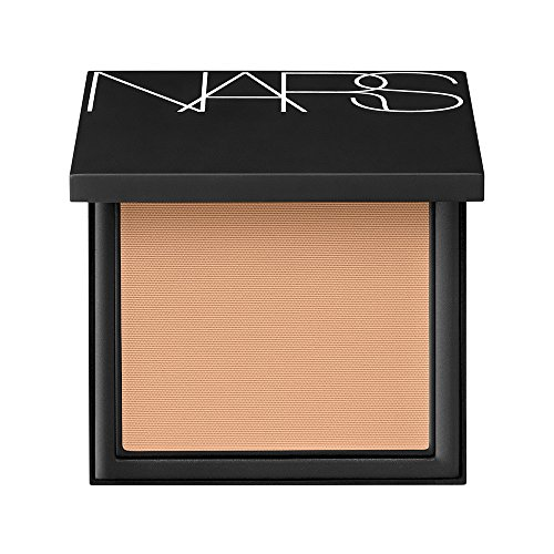 Nars All Day Luminous Powder Foundation Broad Spectrum SPF 24 - Barcelona