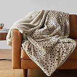 Amazon Basics Fuzzy Faux Fur Sherpa Blanket, Full/Queen 90'x92' - Beige Animal Print