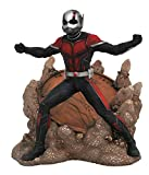 Diamond Select Toys Marvel Gallery: Ant-Man & The Wasp Movie - Ant-Man PVC Diorama (JUL182499) -