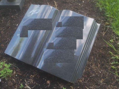 Grabstein Buch 50cm x 40cm x 14cm Liegestein Urnengrabstein Granit