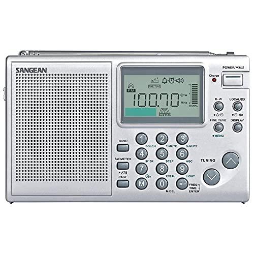 Sangean ATS-405 Weltempfänger (UKW/MW/KW-Tuner, ATS, Senderspeicher, Uhr, Weckfunktion, Kopfhöreranschluss) inkl. Tasche Silber
