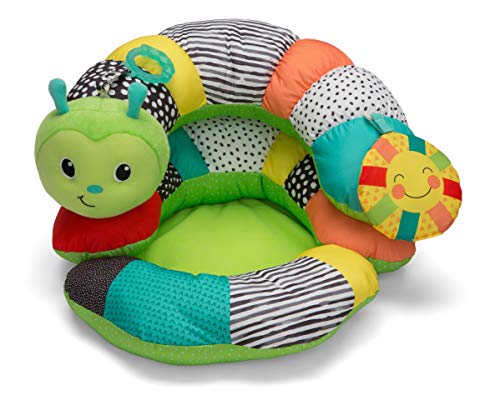 Infantino Prop-A-Pillar Tummy Time & Seated Support - Pillow Support for Newborn and Older Babies, with Detachable Support Pillow and Toys, for Development of Strong Head and Neck Muscles