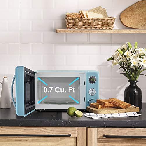 Galanz GLCMKA07BER-07 0.7 Cu.Ft. 700W Microwave, Bebop Blue
