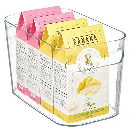 mDesign Kunststoff-Küchenschrank, Kühlschrank- oder Gefrierschrank-Aufbewahrungsbehälter mit Griffen – Organizer für Obst, Joghurt, Snacks, Pasta – lebensmittelecht – transparent