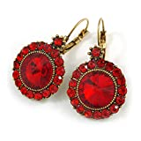 Boucles d'oreilles pendantes vintage en forme de pierre de verre rouge écarlate avec fermoir à levier en métal doré vieilli - 40 mm L