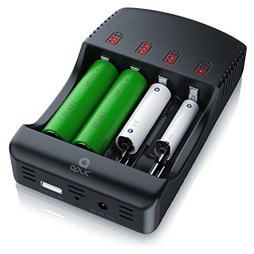 CSL - Universal Batterie Ladegerät - Akku Ladestation Intelligent Battery Charger - 4 Aufladeschächte - Inkl. 1x USB-Ladeport Powerbank Funktion - Akkudefekterkennung