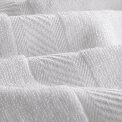 Utopia Towels Cotton Bath Towels, 6 Pack, (24 x 48 Inches), Pool Towels and Gym Towels, White