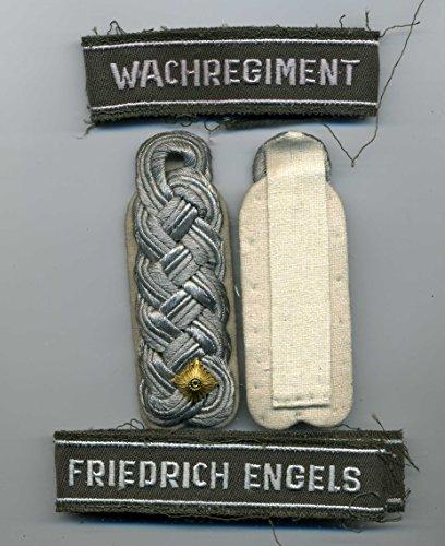 NVA Schulterstücke NVA Wachregiment Friedrich Engels Effekten ähl.Wehrmacht