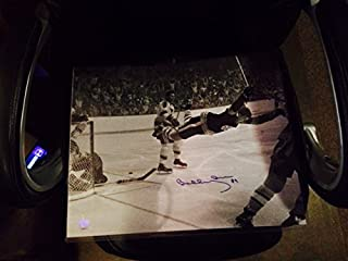 Boston Bruins Bobby Orr Autographed 16x20 Photo