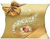 Lindt Lindor Kissenpackung Mischung, enthält 26 Lindor Kugeln, 4 unterschiedliche Sorten: Vollmilch, Weiß, Dark 60% und Nuss, glutenfrei, 323g