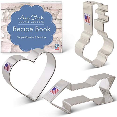 Ann Clark Cookie Cutters 3-Piece Valentine's Day Cookie Cutter Set with Recipe Booklet, Heart, Arrow and Key