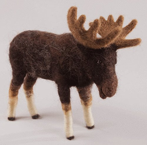 Felting kit Charivna mit #B-137 Animals moose Sigmund 16.5x17 cm / 6.30x6.69 in