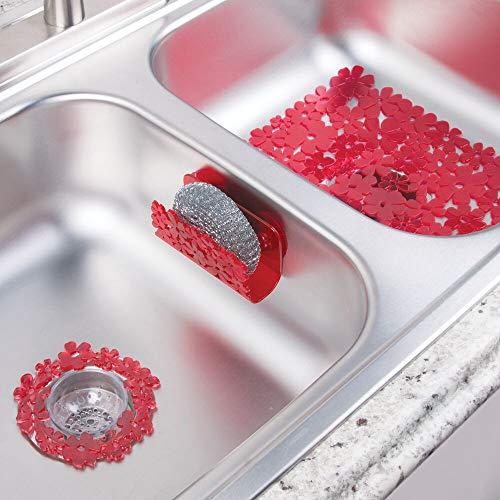 mDesign Juego de 3 Accesorios de Cocina de plástico para fregaderos Dobles – Incluye un Filtro para Fregadero, una Rejilla para Fregadero y un Guarda estropajos de diseño Floral – Rojo