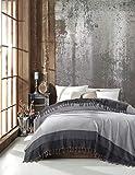 Belle Living Artemis Tagesdecke Überwurf Decke - Wohndecke hochwertig - perfekt für Bett & Sofa, 100prozent Baumwolle - handgefertigte Fransen, 200x250cm (Grau)