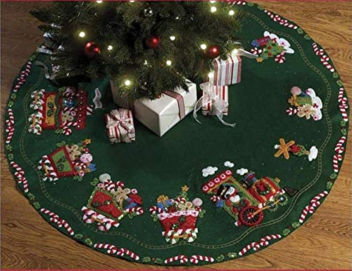 Bucilla Felt Applique Chtistmas Tree Skirt Kit, 43-Inch Round, 86158 Candy Express