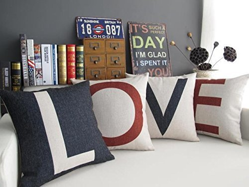 Love pillows farmhouse Valentine decor ideas.