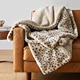 Amazon Basics Fuzzy Faux Fur Sherpa Throw Blanket, 60'x70' - Beige Animal Print