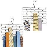 mDesign Juego de 2 corbateros – Elegante percha organizadora con espacio para 23 corbatas – Práctico organizador de accesorios, ideal para ahorrar espacio en interiores de armarios – plateado
