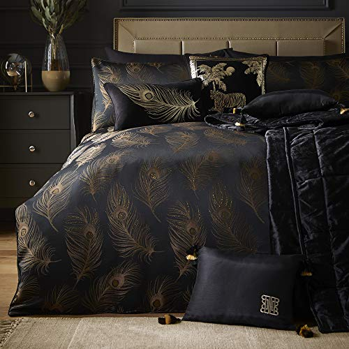 Laurence Llewelyn-Bowen - Dandy - Jacquard Woven Duvet Cover Set - Double Bed Size in Black & Gold