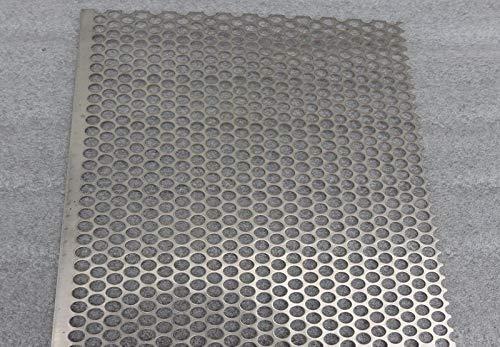 Metalen uitsneden geperforeerd 304 roestvrij stalen plaat 330mm x 330mm 2mm diam 3mm centres
