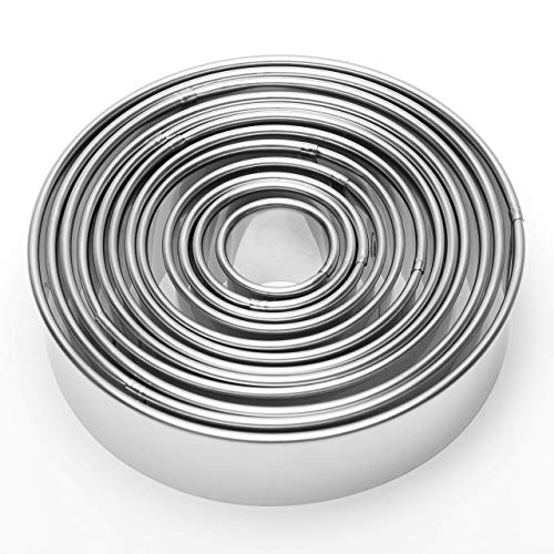 AugSep 12 Pieces Round Biscuit Cookie Cutter Set - Stainless Steel Circle Pastry Cutter molds Assorted Size - Including one tin Box for Storage AG-UK-A202112570