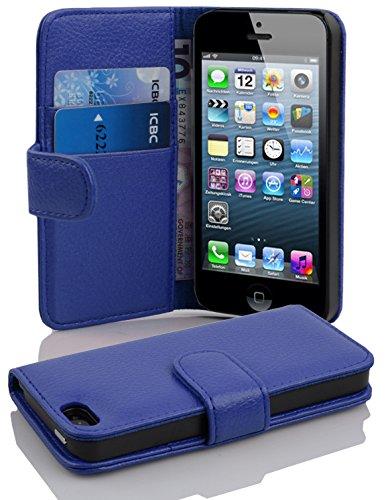 Cadorabo Hülle für Apple iPhone 5 / iPhone 5S / iPhone SE in KÖNIGS BLAU – Handyhülle aus Strukturiertem Kunstleder mit Standfunktion und Kartenfach – Case Cover Schutzhülle Etui