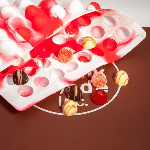 Truffly Made. Dome Round Chocolate Mold & Mat, 80 cavities, One step candy pop-out