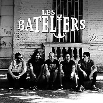 Les Bateliers