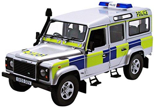 Universal Hobbies - 3885 - Véhicule Miniature - Modèle À L'échelle - Land Rover Defender 110 Td5 - Police Battenberg - Echelle 1/18