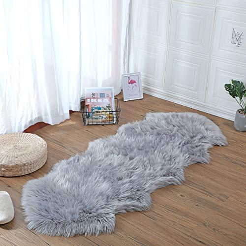 YIHAIC Anti-Rutsch Lammfell Teppich,Shaggy Lammfell Teppich,Geeignet für Wohnzimmer Teppiche Flauschig Lange Haare Fell Optik Gemütliches Schaffell Bettvorleger Sofa Matte (Grau, 60 x 160cm)