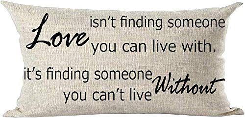 Mesllings - Funda de cojín con Frase en inglés Love Isn'T Finding Someone You Can Live with Lover, Color Negro, 30 x 50 cm