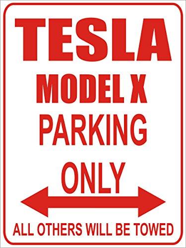 INDIGOS - Parkplatz - Parking Only- Weiß-Rot - 32x24 cm - Alu Dibond - Parking Only - Parkplatzschild - Tesla Model x