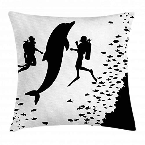 MZZhuBao - Funda de cojín de diseño de delfín, 2 buceadores y peces gigantes para nadar cerca del arrecife monocromo, funda de almohada decorativa cuadrada, 45,7 x 45,7 cm, color negro y blanco