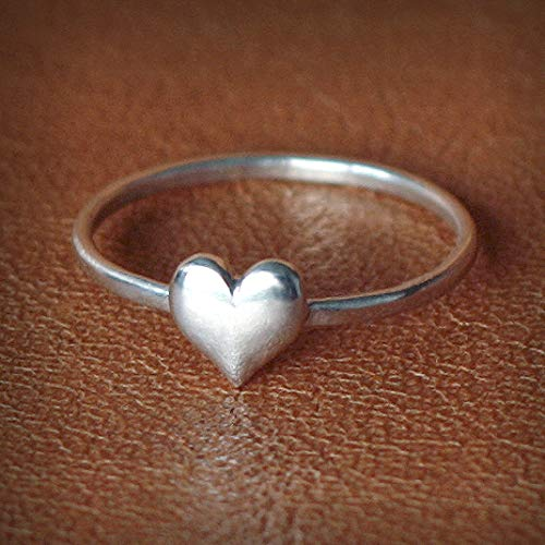 Hammered ring Organic ring Handmade ring Silver jewelry 925 Sterling silver ring Heart Meditation band Unisex ring Love gift ring