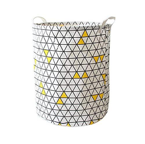 Cesto de ropa decorado con detalles amarillos