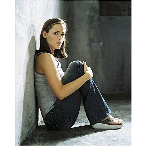 Alias 8x10 Photo Jennifer Garner Grey Tank Top & Jeans Sitting on Floor Back Against Wall kn