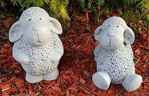 HQ-Beton Manufaktur 2-er Set Gartenfiguren niedliche Schafe groß frostfest Handmade Dekofiguren für außen Garten Terassen Balkon Deko Tiere für Steingarten