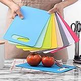 AISE Tabla de Cortar de plástico Tabla de Cortar de Color Tabla de Cortar de Frutas y Verduras Antideslizante, sin BPA, Apta para lavavajillas Colgante de Tabla de Alimentos