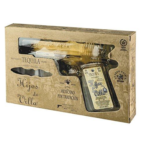 Premium Brauner Tequila, Jalisco-Mexiko, 40% vol., Pistolenflasche 200ml in Geschenkverpackung mit zwei Gläsern - Tequila Reposado HIJOS DE VILLA (Pistol), 200ml