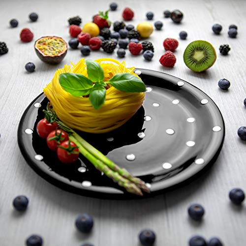 City to Cottage | Assiette plate | noire à pois blancs en céramique faite et peinte à la main | 25,5cm