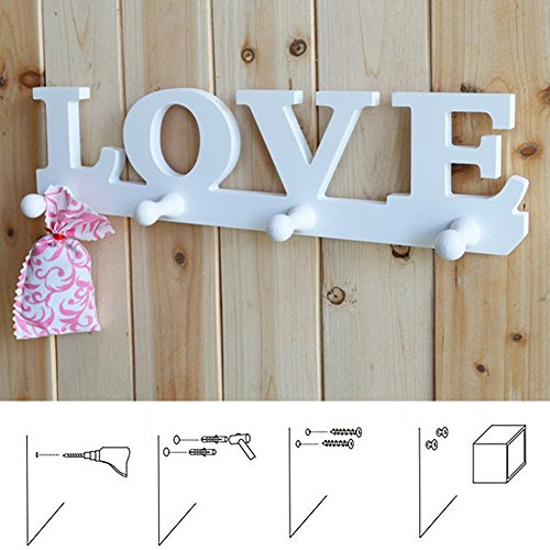 Perchero blanco con diseño de amor para colgar en la pared