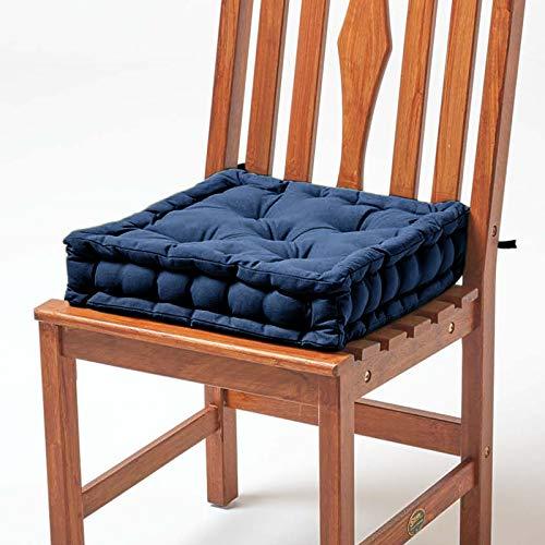 Homescapes gepolstertes Sitzkissen 40 x 40 cm, blau/dunkelblau, 10 cm hohes Stuhlkissen mit Bändern, Stuhlpolster/Matratzenkissen für Stühle, Bezug aus 100% Baumwolle